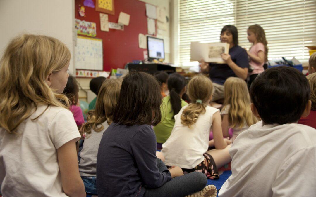school academy classroom