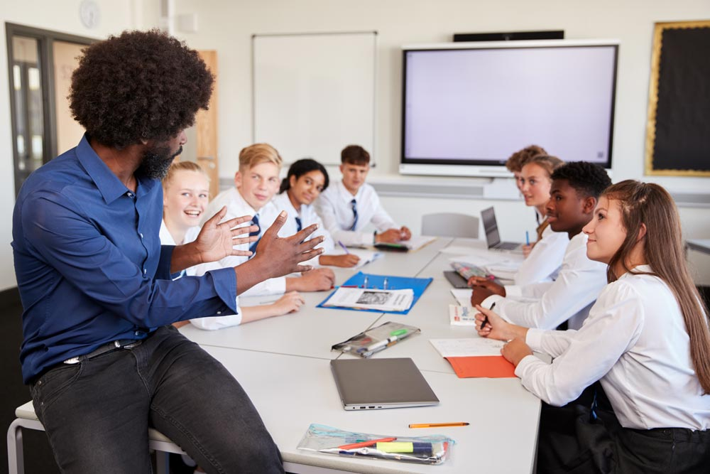6 ways to make a big impression in a new school